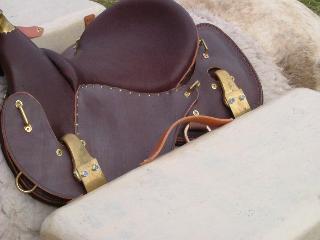bats hugues petel batage aventure omega caisses crochets detail