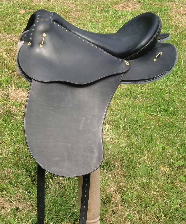 selle equitation hugues petel vagabonde noir